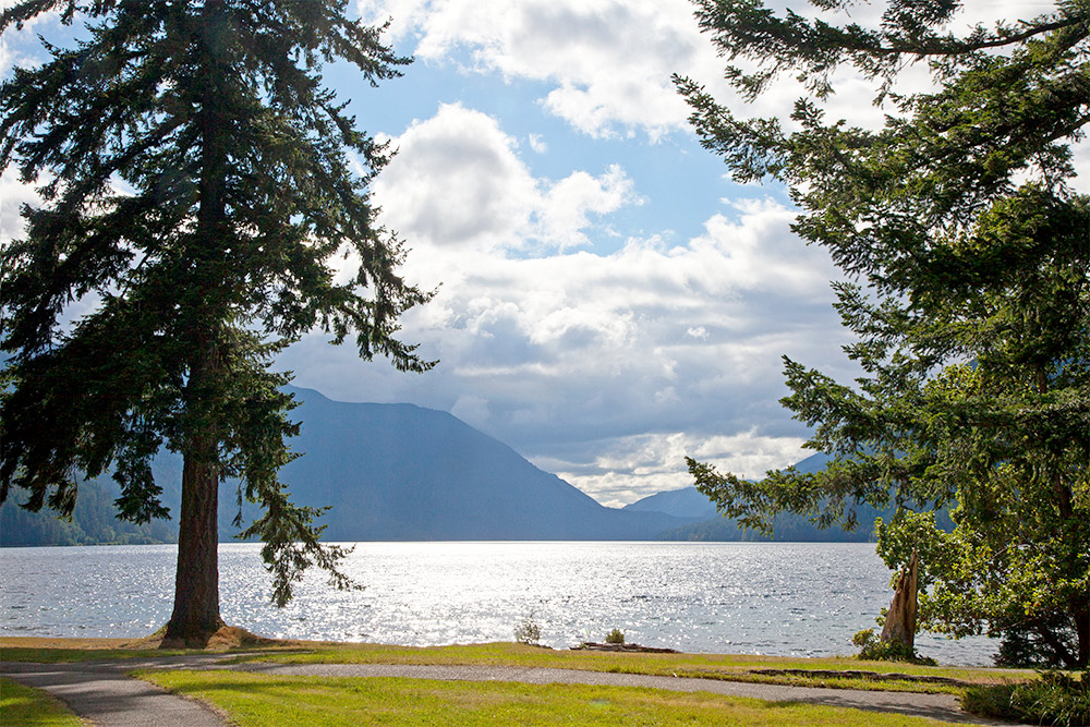 Scenic Views at Lake Crescent