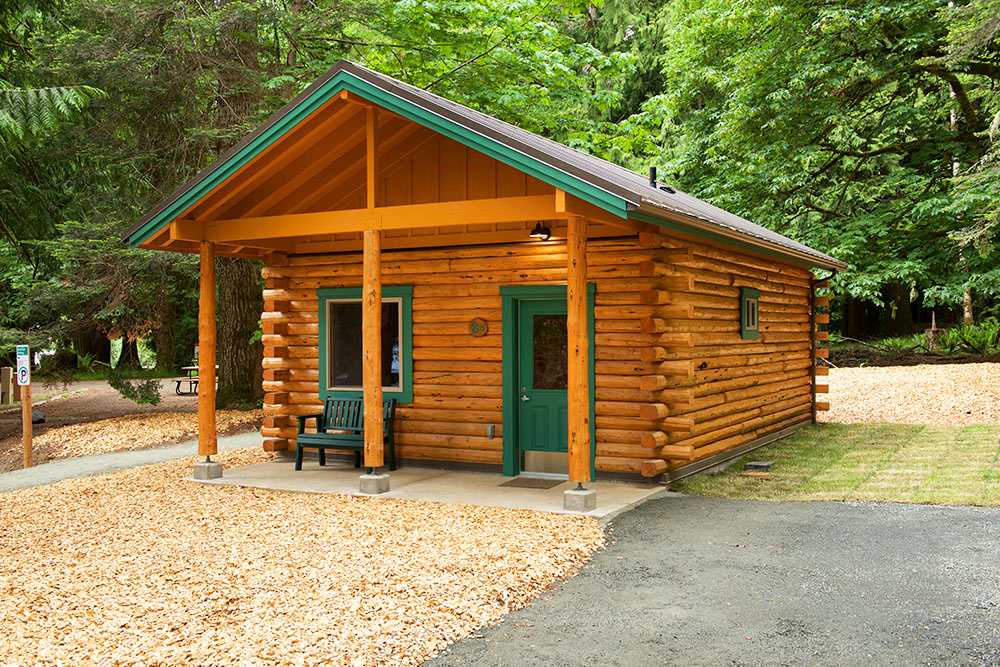 2 Bedroom Log Cabins