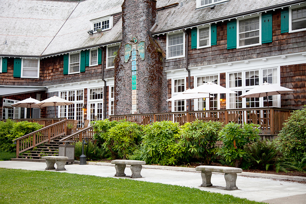 Lake Quinault Lodge Deck